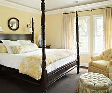 2011 bedroom decorating ideas with yellow color home interiors