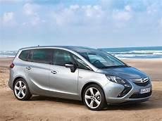 Opel Zafira C - car pictures opel zafira tourer 2012