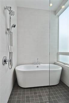 Bathroom Ideas With Tub by Complete Your Charming Bathroom With Freestanding Tubs
