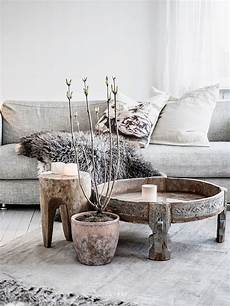 tisch aus baumstamm wurzelholz reclaimed tree trunk tables for the eco friendly home