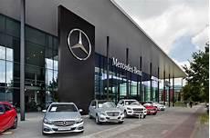 mercedes niederlassungen in deutschland automarkt neuzulassungen dieselkrise eigenzulassungen