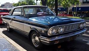 1964 Ford Fairlane 500 Sport Coupe