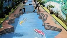 Foto Kreatif Warga Pamulang Ubah Jalan Jadi Lukisan 3d