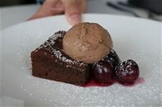 Schokokuchen Flüssiger Kern - s 252 ndhaft leckerer schokoladenkuchen mit noch fl 252 ssigem