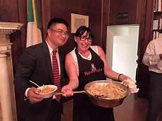 consolato italiano in pasta al consolato italiano a new york ci pensa
