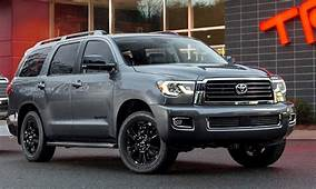 2020 Toyota Sequoia Spy Photos Redesign Release Date
