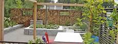 Gartengestaltung Mit Holz - eolas garten holzterrasse und pergola f 252 r ihren garten