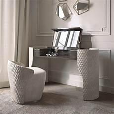 modern veneer quilted nubuck dressing table