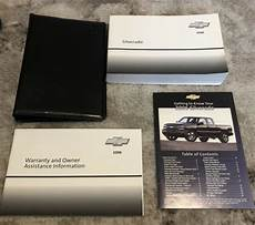 free service manuals online 2006 chevrolet silverado 2500 electronic valve timing 2006 chevy chevrolet silverado owners manual with case oem free shipping ebay