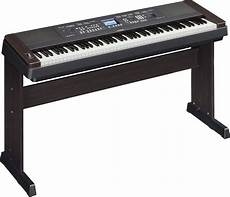 Yamaha 88 Key Portable Grand Keyboard W Stand Pedal