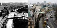 Here S How The Berlin Wall Site Looks Today Compared To