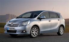 toyota modelle 2010 top toyota car models popular automotive