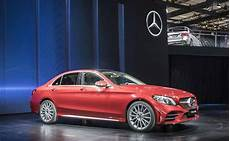 c klasse limousine weltpremiere der mercedes c klasse l limousine