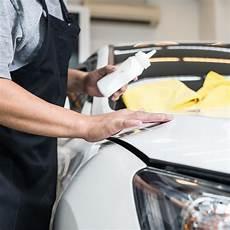 kratzer im autolack entfernen die besten tipps adac
