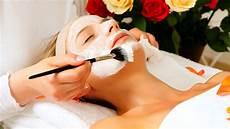 diversi tipi di frangia i diversi tipi di argilla benefici sulla pelle di viso e
