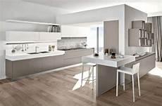 pavimento cucina abbinare il pavimento al rivestimento della cucina nel