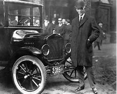Henry Ford Model T - 1921 henry ford with model t