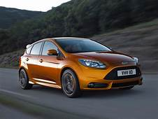 Video 2012 Ford Focus ST In Motion  Automotive Addicts