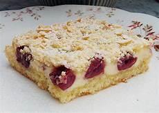 kirschkuchen mit quark apfel streuselkuchen mit quark vom blech biene maja