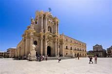 Vacances Pas Ch 232 Res Italie Catane S 233 Jour Derni 232 Re Minute