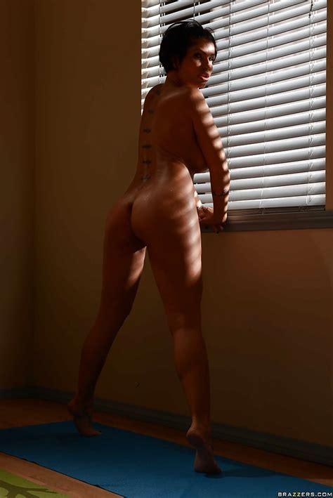 Julia Ann Naked Pics