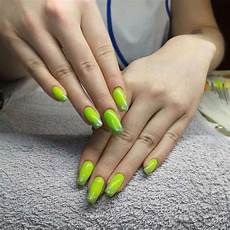 45 gorgeous green nail designs 2020 trends naildesigncode