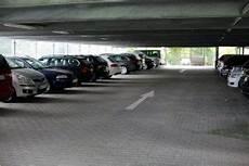 Valet Parking Frankfurt Nur Gepr 252 Fte Parkpl 228 Tze In Der