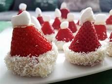 rezept erdbeer nikolausm 252 tze originelles dessert zu