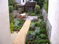 Garden Design Ideas Narrow Gardens Photo 4 For