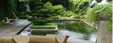 Gartengestaltung Ohne Rasen - 10 reasons why you need a zen garden