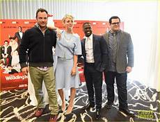 wedding ringer cast gets pascal s support at premiere photo 3273785 pascal eniko