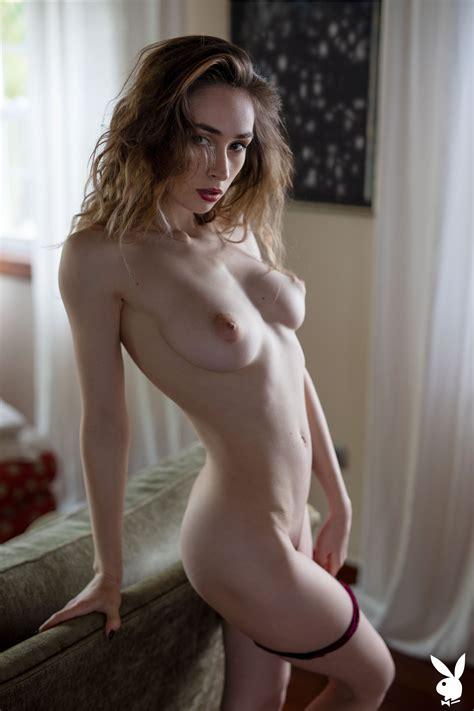Nude Women I