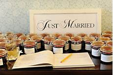 17 edible wedding favors your spice up your wedding favors