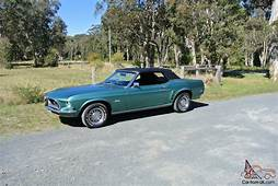 Ford Mustang 1969 2D Hardtop 3 SP Automatic 4 7L Carb