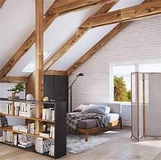 dachboden schlafzimmer ideen stehregal als raumteiler im dachboden einrichtungsideen