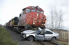 mort de voiture tunisie un mort dans la collision entre un et une