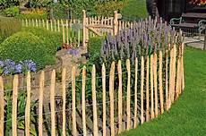 Gartenzaun Billig Kaufen - haselnuss staketenzaun 90 cm hoch naturbelassen