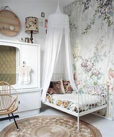 tapeten babyzimmer tapeten f 252 r kinderzimmer ideen von den kleinen inspiriert