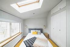 Go Black Or White In These Two Sloped Ceiling Apartmentshome Designing