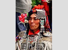 Kashmir traditional dress  Traditional fashion of Kashmir