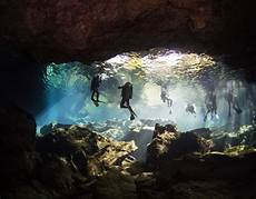 cave diving can it be safe and fun scubashooters net