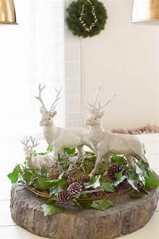 Tischdeko Weihnachten Natur - vertr 228 umtes tisch arrangement mit efeu moos und ganz viel