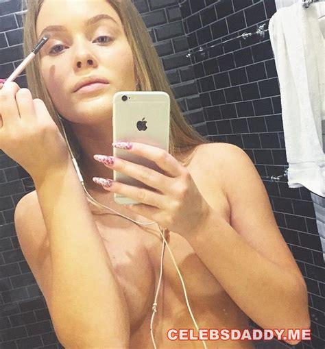 Zara Larsson Tits