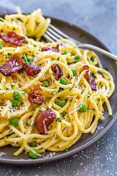 easy pasta carbonara recipe the recipe critic