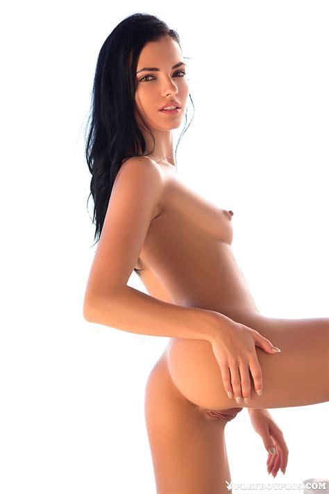 Alexxus Marie Naked