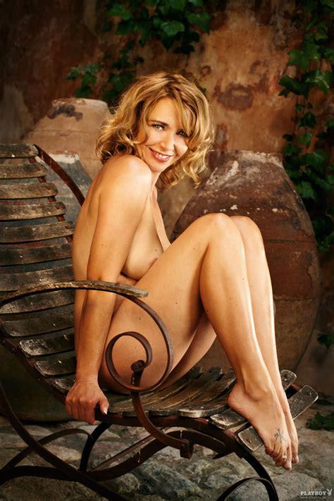 Nude Susanne