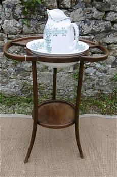 Table De Toilette Ancienne En Bois Courb 233 De Style Thonet