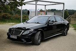 Which Car Is Better Mercedes Benz S63 AMG Or Porsche 911