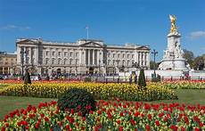 File Buckingham Palace From Gardens Uk Diliff