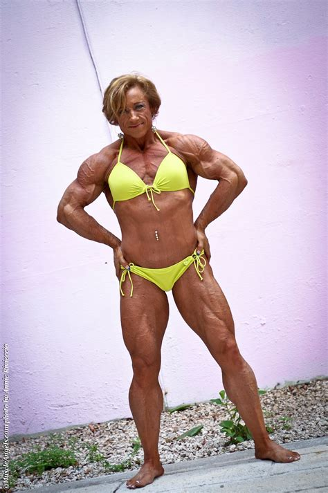 Coco Crush Muscle